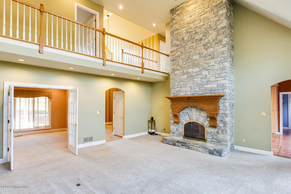 Additional photo for property listing at 12100 Gristmill Way 12100 Gristmill Way Goshen, Kentucky 40026 United States