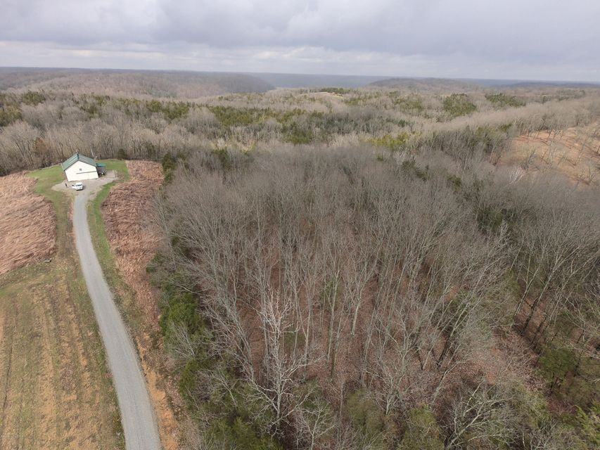 Additional photo for property listing at 3310 Green Chapel Road 3310 Green Chapel Road Bloomfield, Kentucky 40008 United States