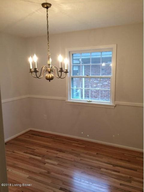 Additional photo for property listing at 3119 Pomeroy Drive 3119 Pomeroy Drive Louisville, Kentucky 40220 United States