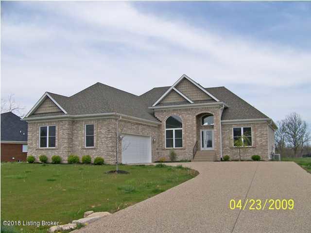 Single Family Home for Rent at 4801 Deer Meadow Lane 4801 Deer Meadow Lane La Grange, Kentucky 40031 United States