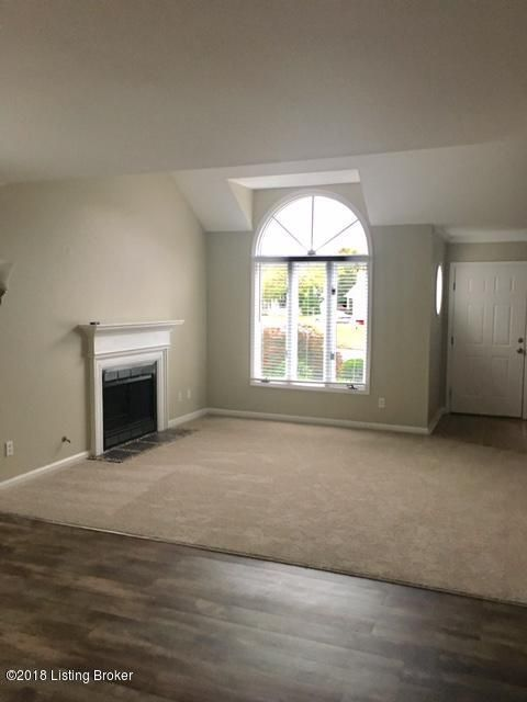 Additional photo for property listing at 10503 Bay Pointe Court 10503 Bay Pointe Court Louisville, Kentucky 40241 United States