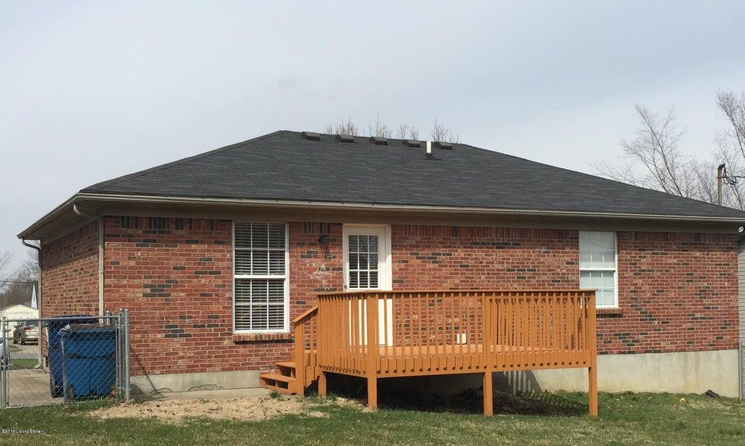 Additional photo for property listing at 1605 Hopkins Court 1605 Hopkins Court La Grange, Kentucky 40031 United States