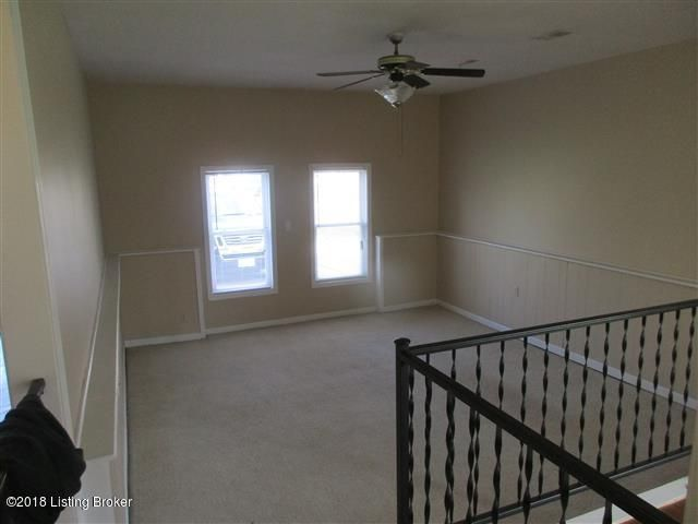 Additional photo for property listing at 1611 RHODE Court 1611 RHODE Court La Grange, Kentucky 40031 United States