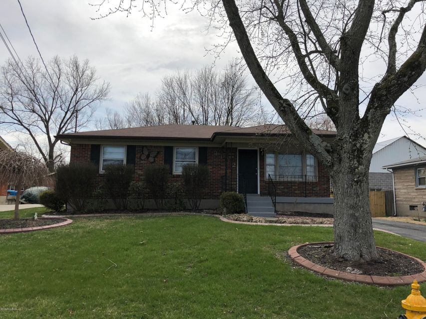 Additional photo for property listing at 3402 Pineland Drive 3402 Pineland Drive Louisville, Kentucky 40219 United States