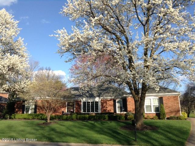 Single Family Home for Sale at 219 S Lyndon Lane 219 S Lyndon Lane Louisville, Kentucky 40222 United States