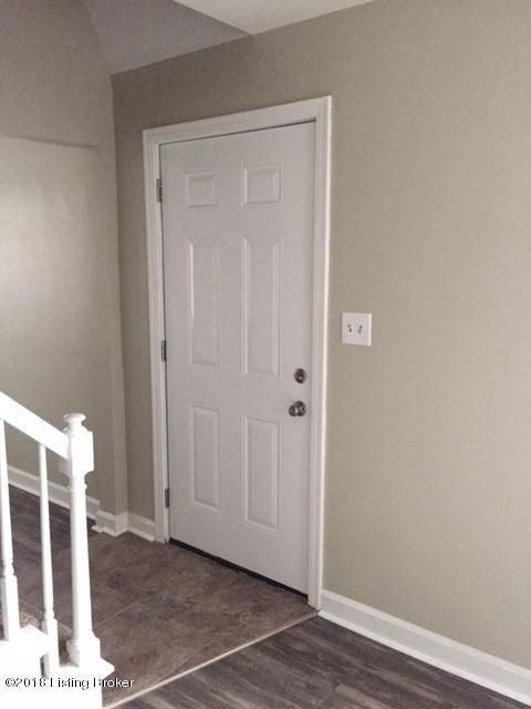 Additional photo for property listing at 218 Lillian Way 218 Lillian Way Louisville, Kentucky 40214 United States
