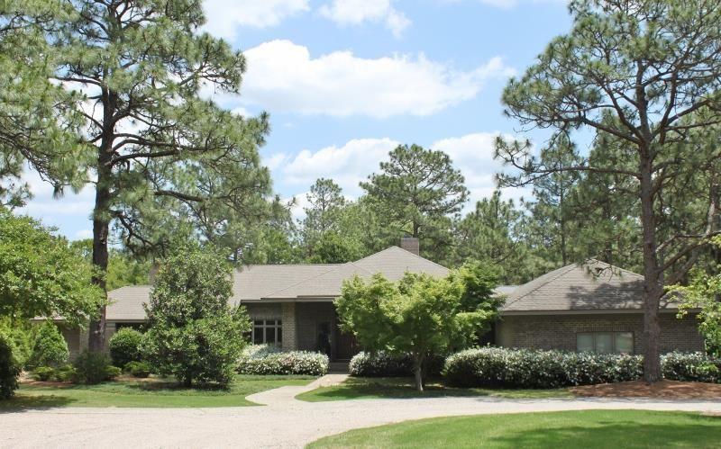 840 Lake Dornoch Drive, Pinehurst, NC 28374