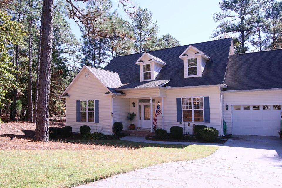 7 Brunswick Lane, Pinehurst, NC 28374