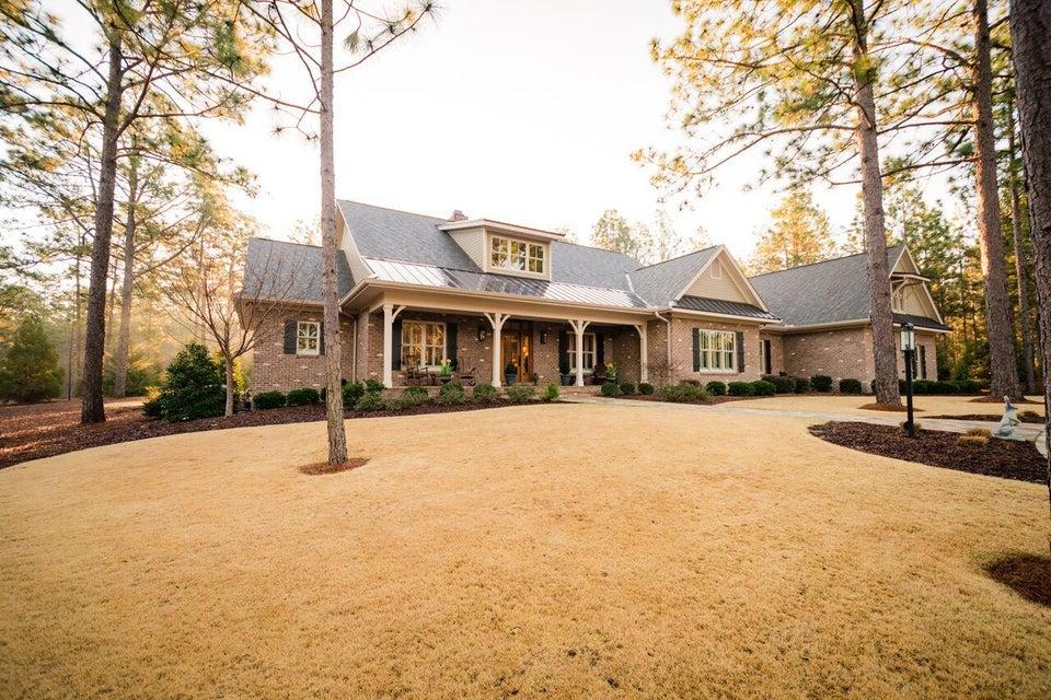 35 Quaker Ridge Road, Pinehurst, NC 28374