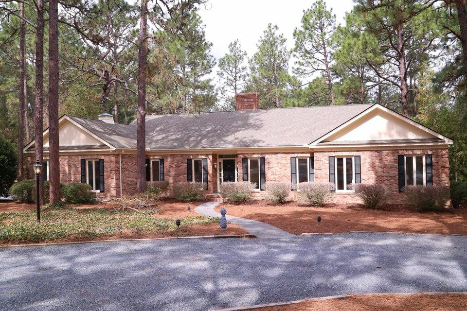 45 Lake Dornoch Drive, Pinehurst, NC 28374