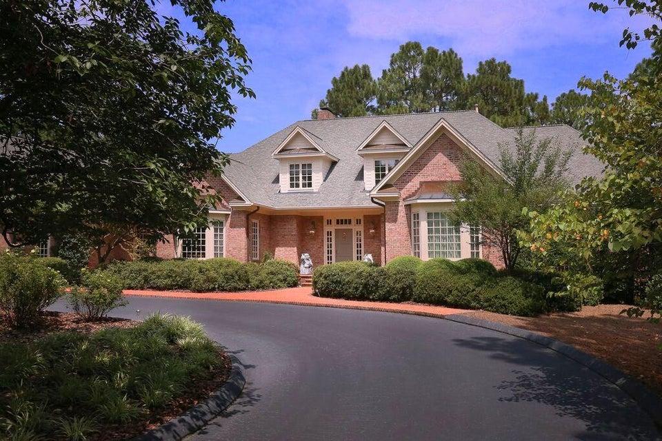 800 Lake Dornoch Drive, Pinehurst, NC 28374
