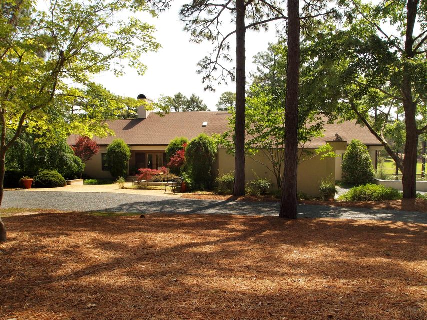 35 Southern Hills Place, Pinehurst, NC 28374