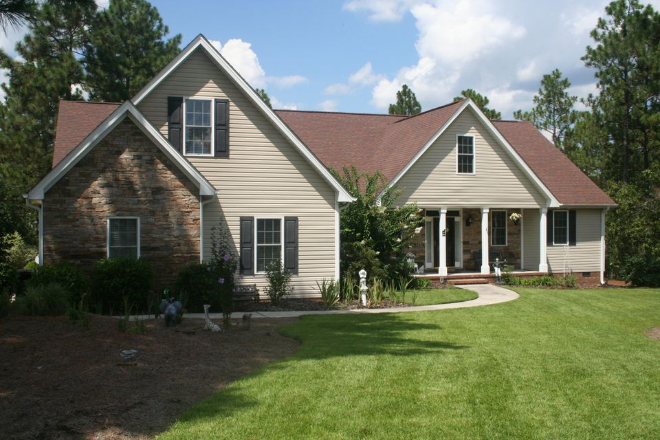 55 Woodland Circle, Foxfire, NC 27281
