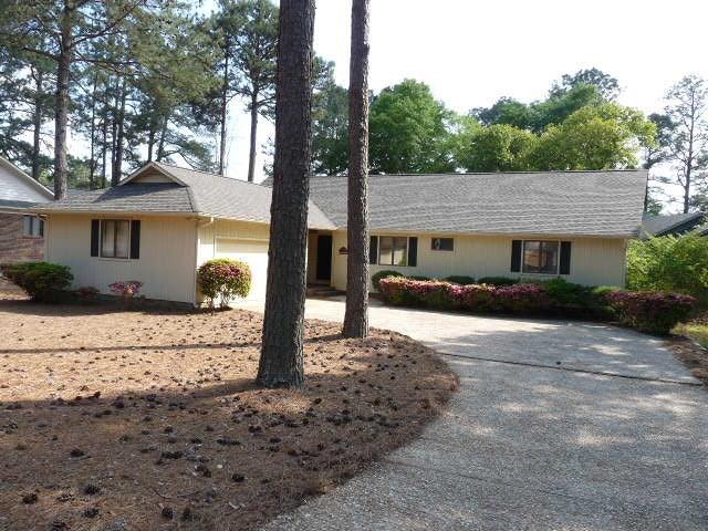 395 St. Andrews Dr, Pinehurst, NC 28374
