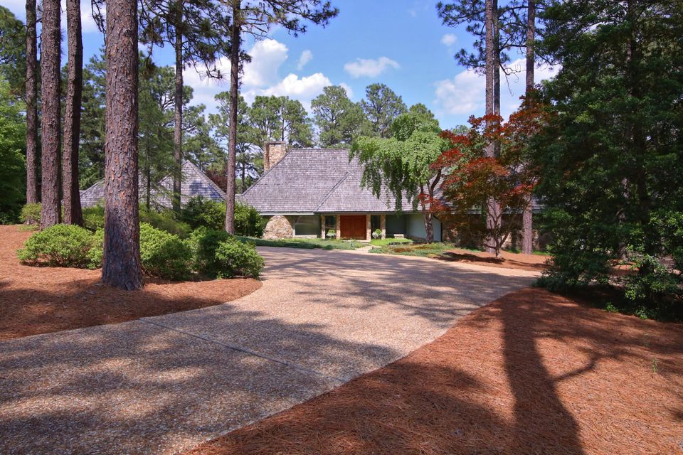 85 Cypress Point Drive, Pinehurst, NC 28374