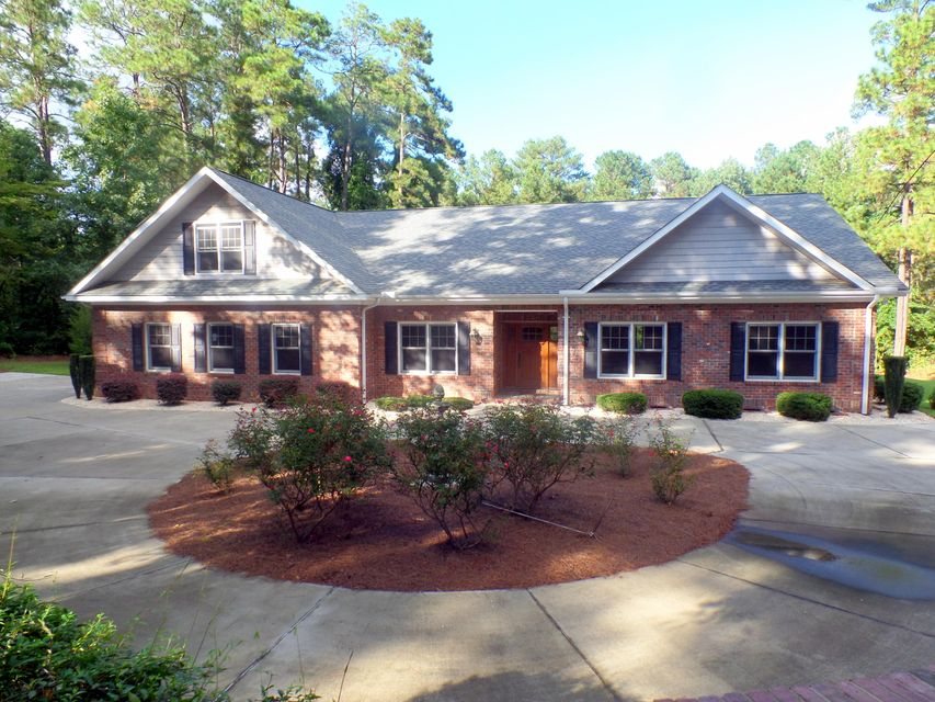 1260 S Fort Bragg Road, Southern Pines, NC 28387
