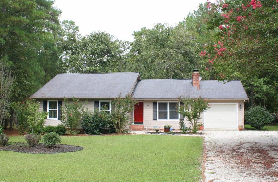 220 Sandhills Circle, Pinehurst, NC 28374