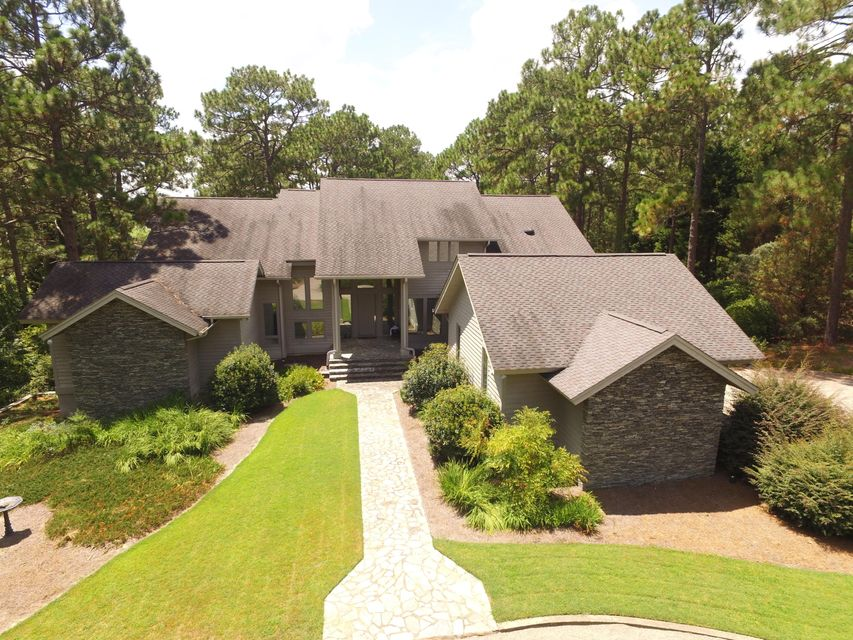 15 Quail Hollow Drive, Pinehurst, NC 28374