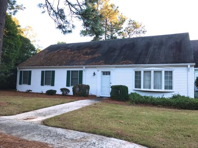 53 Village Green Circle, Southern Pines, NC 28387