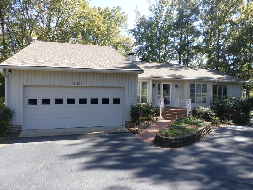201 n traceway sanford real estate carolina trace homes listing 178641