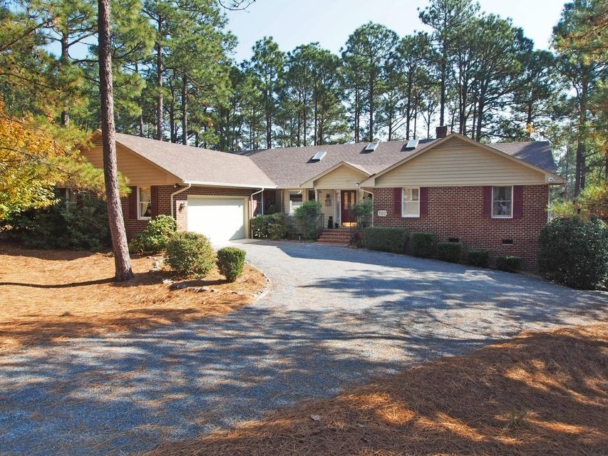 107 Forest Square Lane, West End, NC 27376