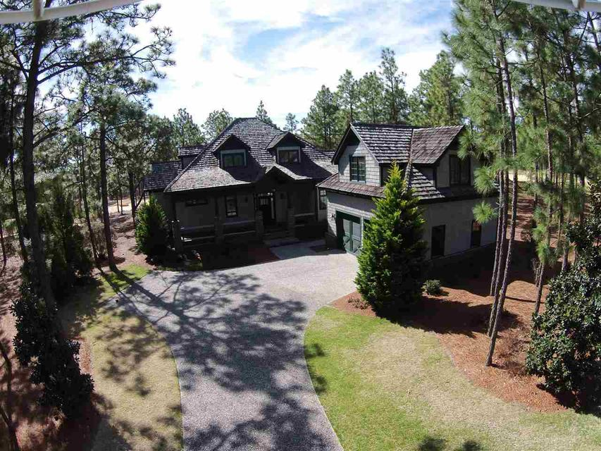 13 W Wickersham Court, Pinehurst, NC 28374