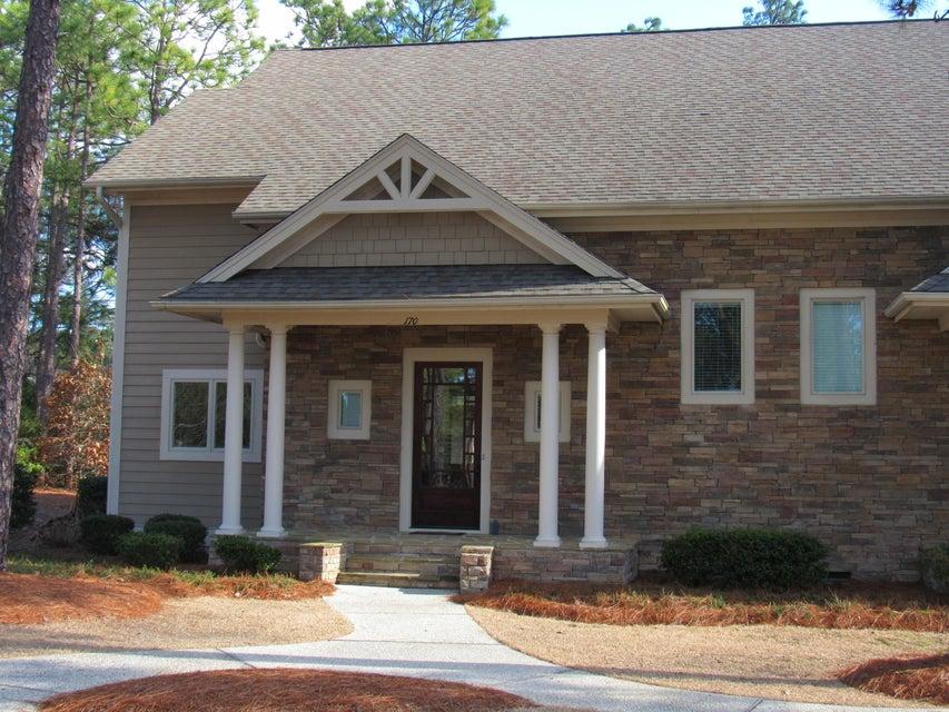 170 Cochrane Castle Circle, Pinehurst, NC 28374