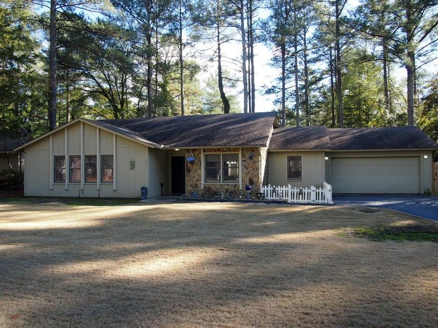 140 Lake Forest Drive, Pinehurst, NC 28374