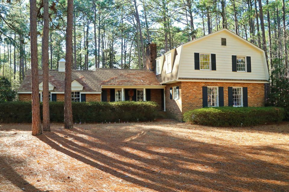 340 SWOOPE Drive, Southern Pines, NC 28387