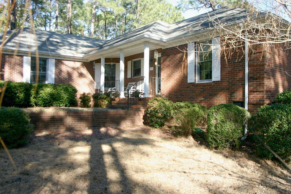 10 Canter Lane, Pinehurst, NC 28374