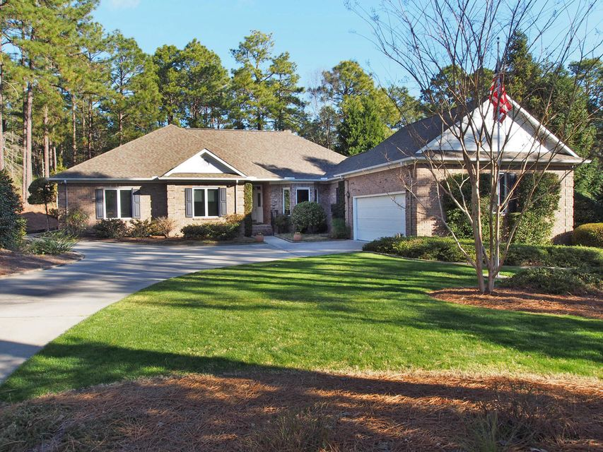 143 Steeplechase Way, Southern Pines, NC 28387