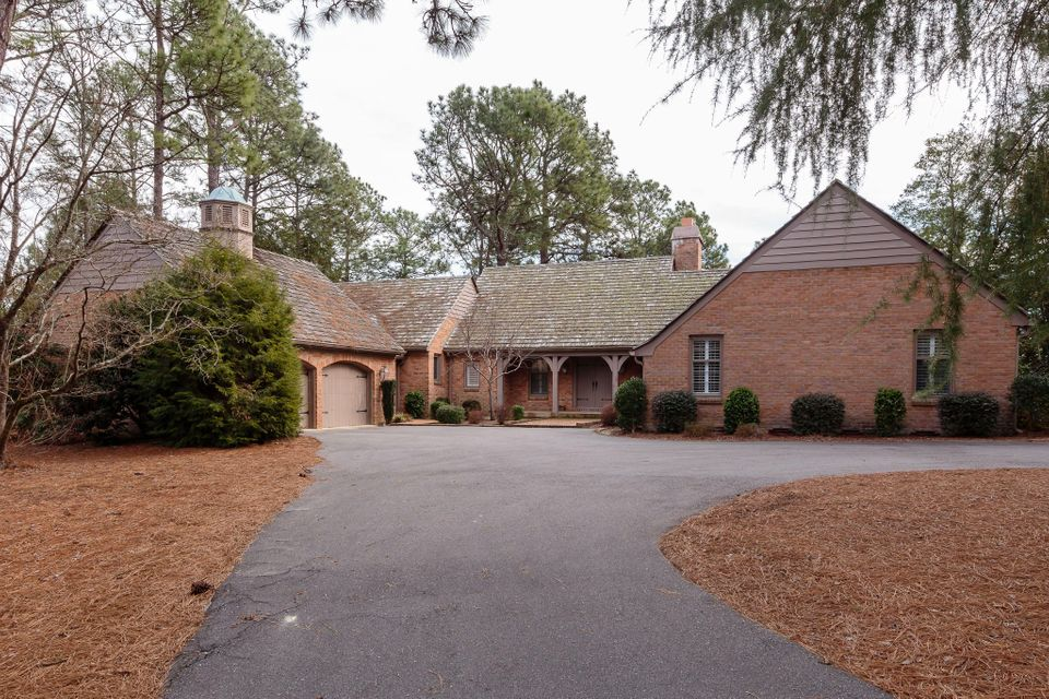 75 Quail Hollow Drive, Pinehurst, NC 28374