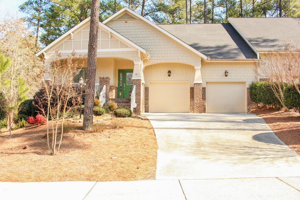 40 Lamplighter Village Dr, Pinehurst, NC 28374