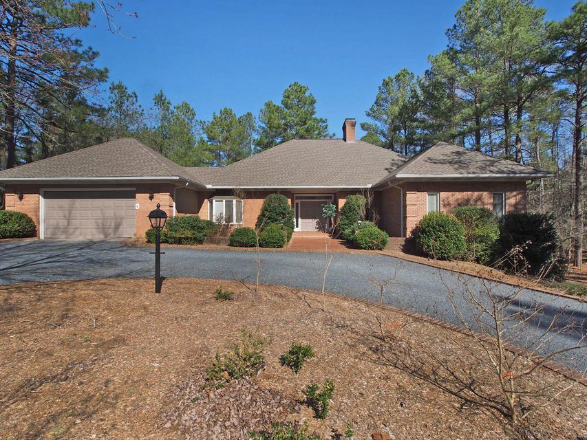 5 Vardon Road, Pinehurst, NC 28374