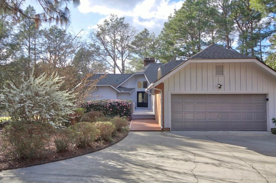 11 W Quail Lake Road, Pinehurst, NC 28374