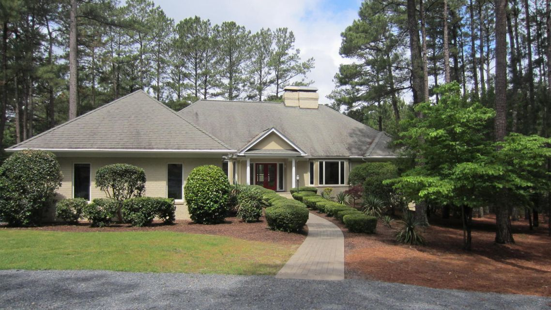34 Loch Lomond Court, Pinehurst, NC 28374