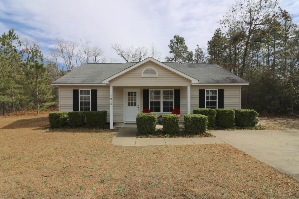 1215 W New Hampshire Avenue, Southern Pines, NC 28387