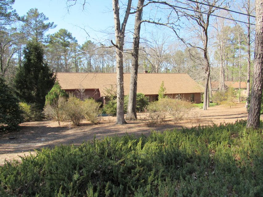 420 Hill Road, Southern Pines, NC 28387