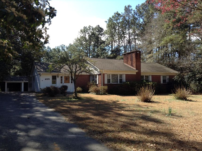 455 S Ridge Street, Southern Pines, NC 28387