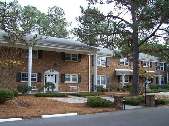 315 Driftwood Circle B, Southern Pines, NC 28387