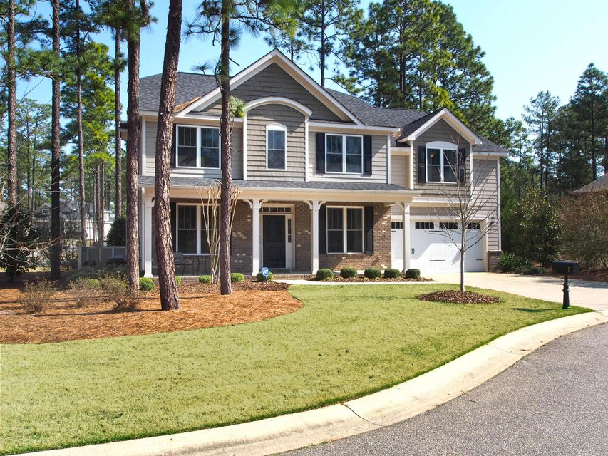 1 Laurel Valley Court, Southern Pines, NC 28387