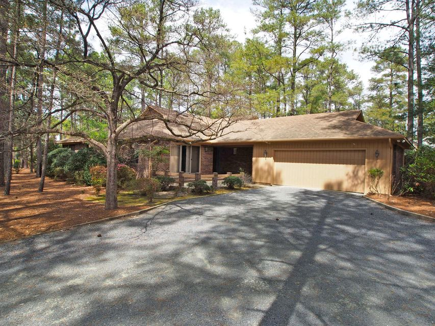 1 Pinyon Lane, Pinehurst, NC 28374