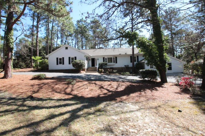280 Fieldcrest Road, Southern Pines, NC 28387