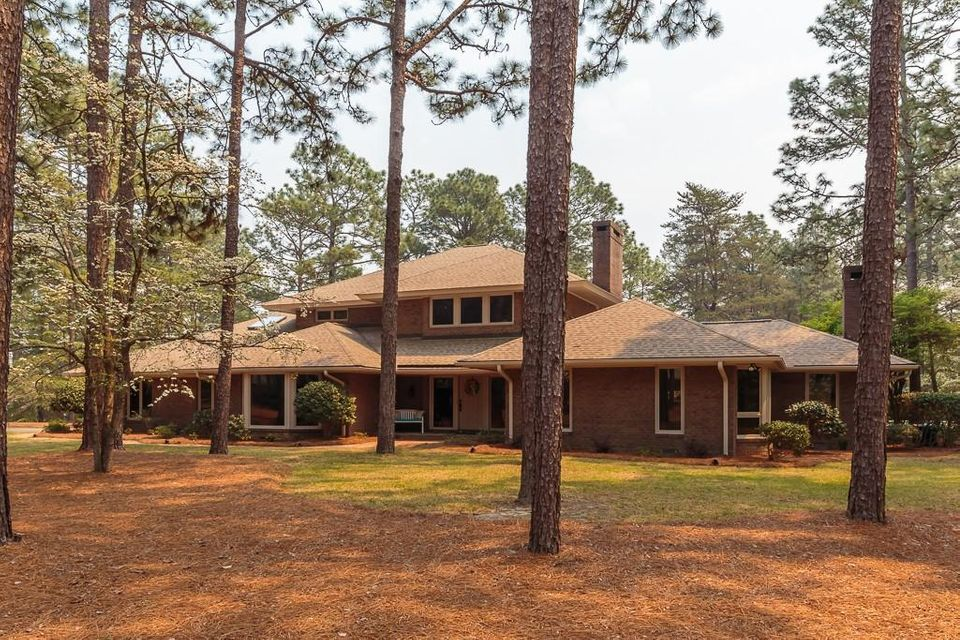 10 James River Place, Pinehurst, NC 28374