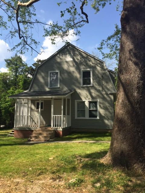 118 N Vermont Avenue, Southern Pines, NC 28387