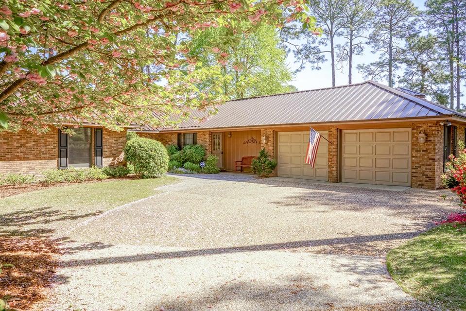 205 Baltusrol Lane, Pinehurst, NC 28374