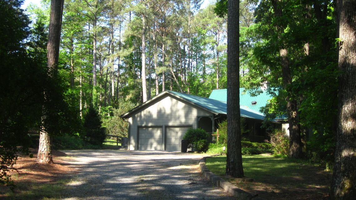 5 Sunset Drive, Whispering Pines, NC 28327