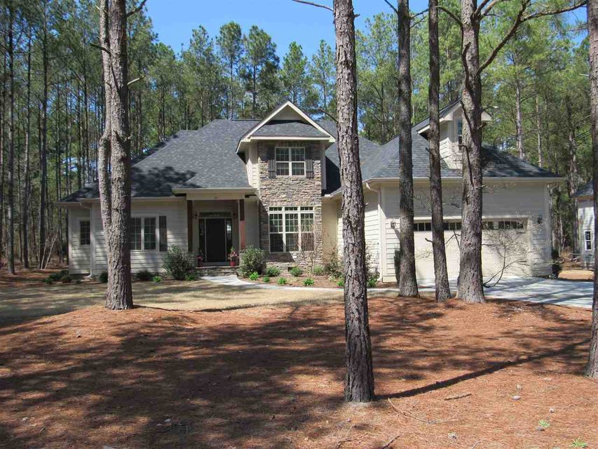 42 Spearhead Drive, Whispering Pines, NC 28327