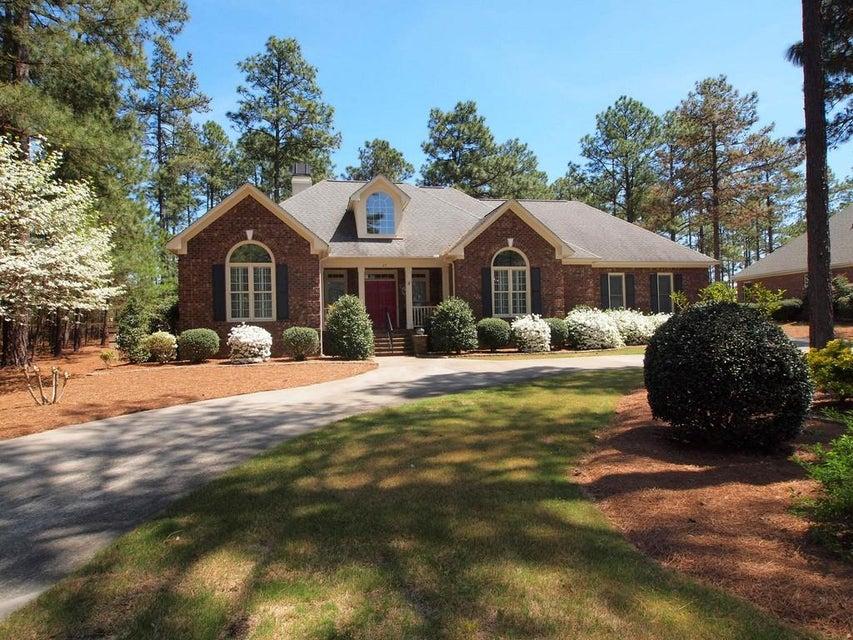 27 Plantation Drive, Southern Pines, NC 28387