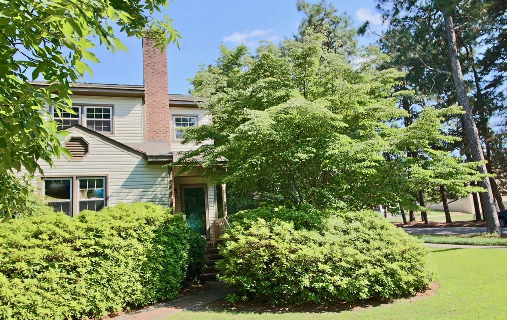 195 S Ashe St., Southern Pines, NC 28387